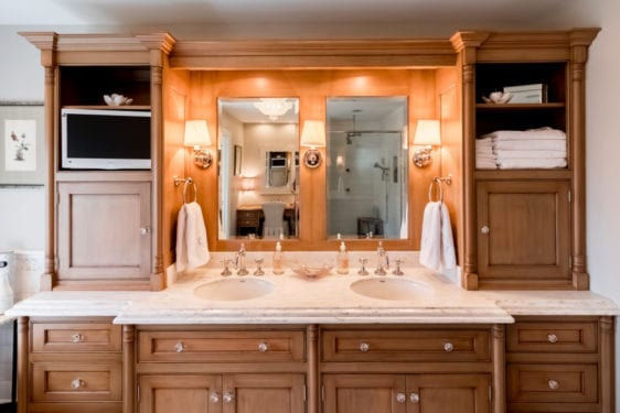 brookwood-company-custom-bathroom-cabinets3