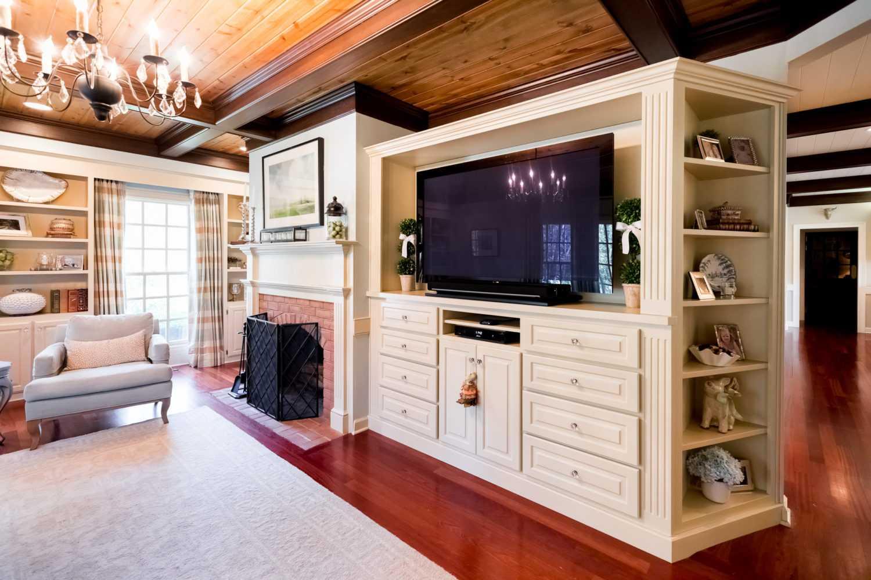 Attirant Brookwood Company Custom Wall Cabinets1