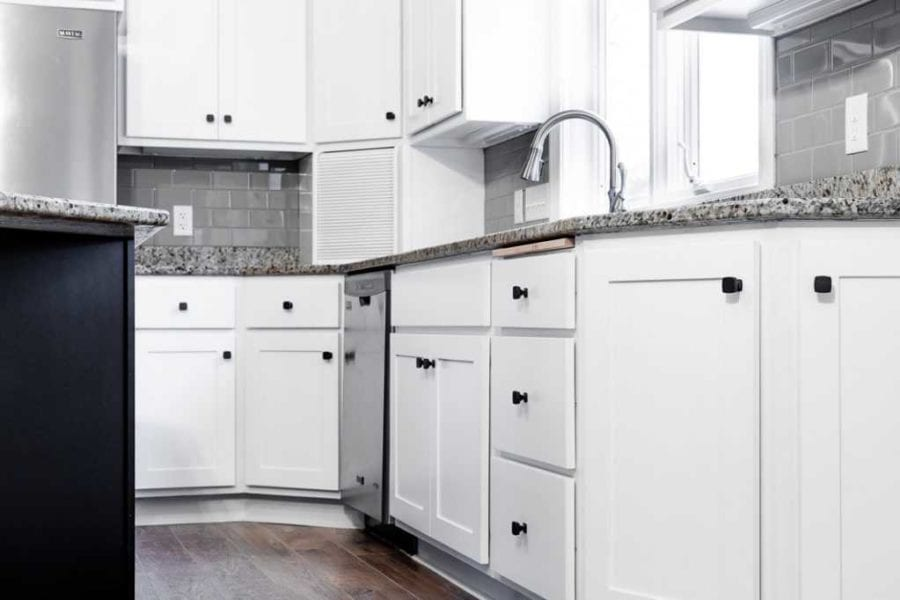 Brookwood Cabinet Company remodel white cabinets4